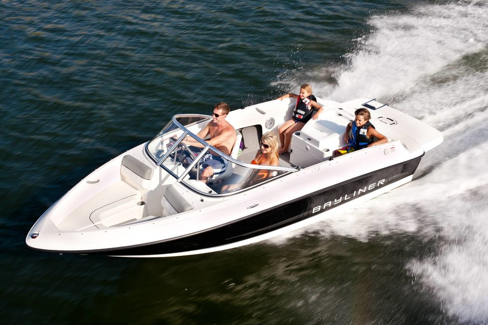 BAYLINER BOW RIDER 175 - 6 SEATER