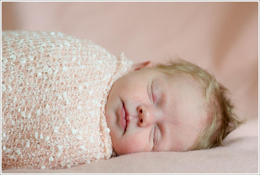 Maisy newborn-12_WEB.jpg