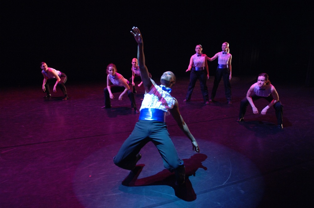 Kent Dance Ensemble performs the Motown Etude. Photo by Robert Christie.