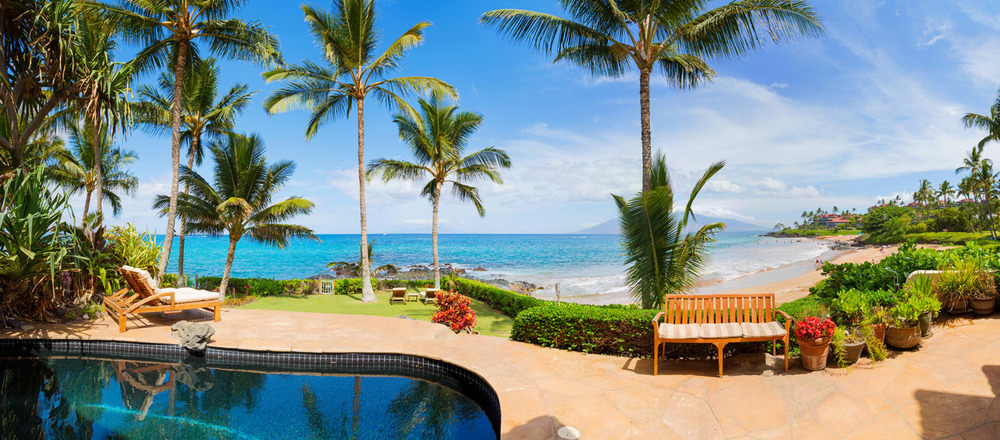maui-oceanfront-luxury-property-rental-TTBH Pool Panorama.jpg