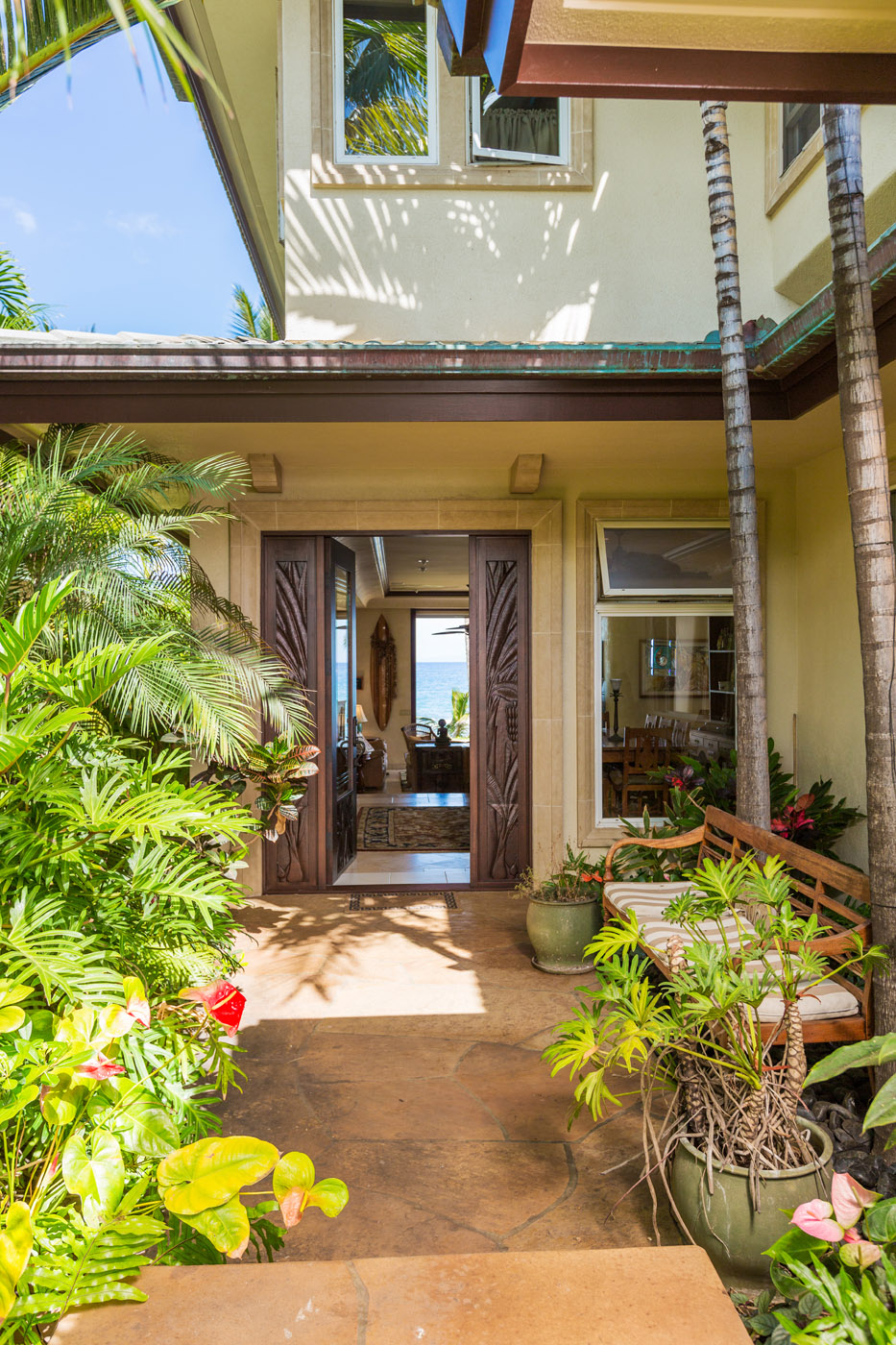 maui-oceanfront-luxury-property-rentalTTBH Entry.jpg