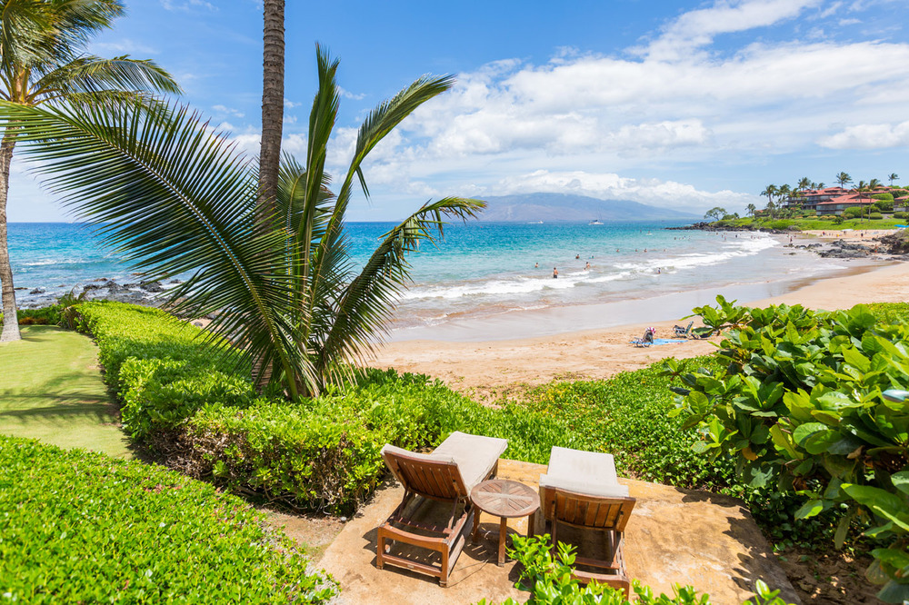 maui-oceanfront-property-luxury-rental-TTBH Beach Loungers.jpg