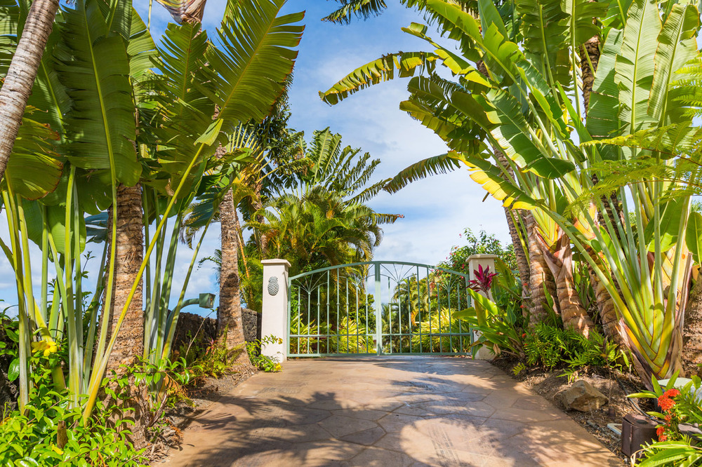 maui-oceanfront-luxury-rental-OB:TTBH Entry Gate.jpg