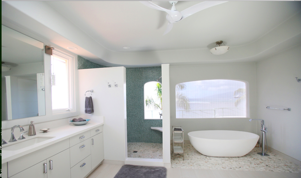 oceanfront-luxury-property-rentals-maui-Master Bath.png
