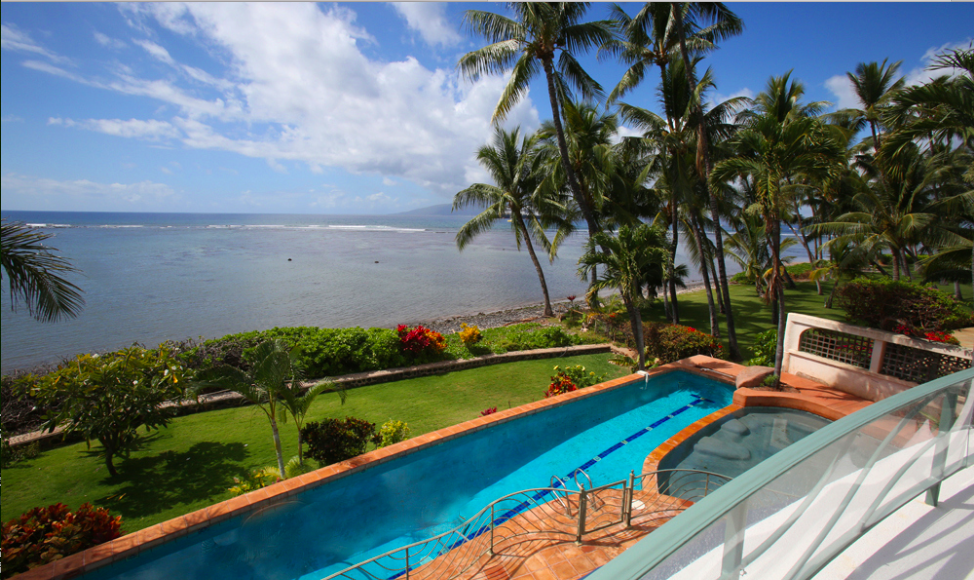 oceanfront-luxury-property-rentals-maui-Pool and View.png