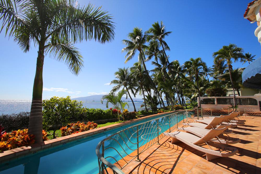 oceanfront-luxury-property-rentals-maui-pool3.jpg