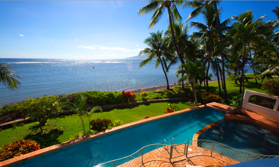 oceanfront-luxury-property-rentals-maui-Screen Shot 2015-05-18 at 8.06.16 PM.png