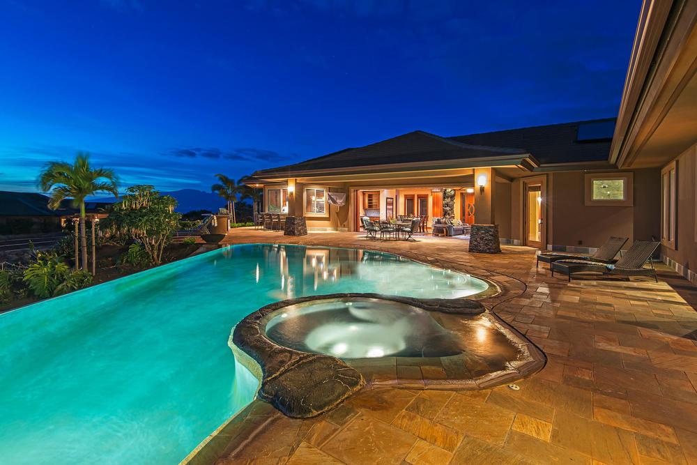 luxury-properties-maui-kaanapali3.jpg