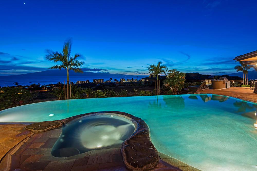 luxury-properties-maui-kaanapali5.jpg