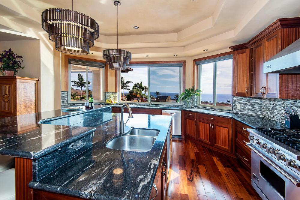 luxury-properties-maui-kaanapali19.jpg
