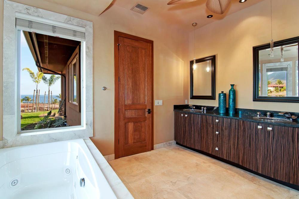 luxury-properties-maui-kaanapali30.jpg