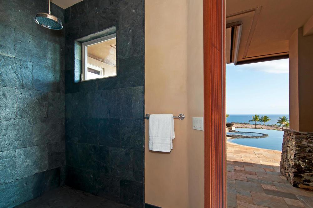 luxury-properties-maui-kaanapali34.jpg
