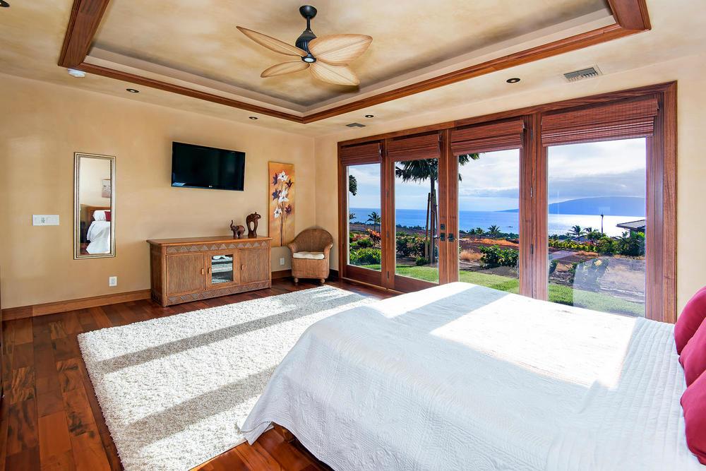 luxury-properties-maui-kaanapali36.jpg