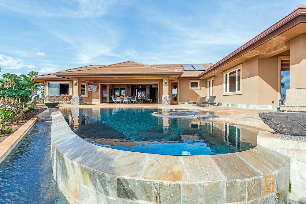 luxury-properties-maui-kaanapali57.jpg