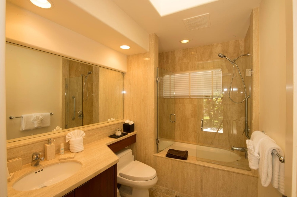 luxury-vacation-rentals-maui-kaanapali64.jpg