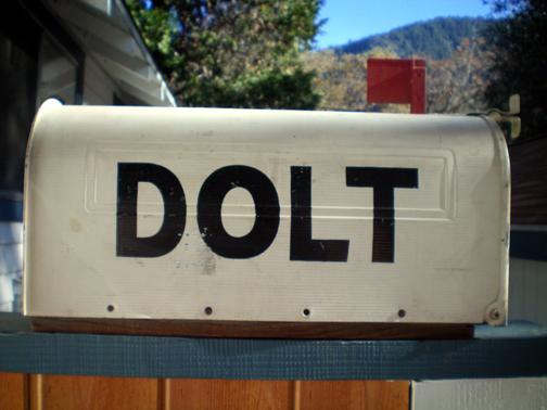 Dolt-mailbox.jpg