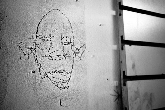 30-2011-david-choe-mural-erik otto studio-01.jpg