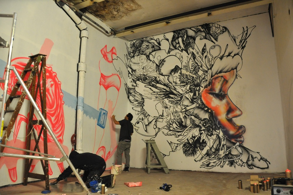 260-2011-david-choe-dvs1-street-art-nuart-festival-02.jpg