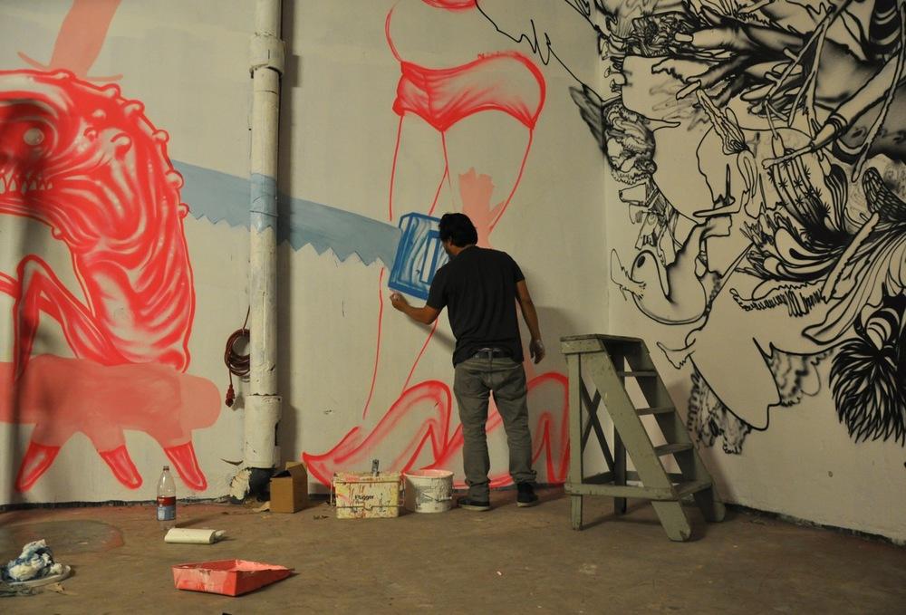 260-2011-david-choe-dvs1-street-art-nuart-festival-04.jpg