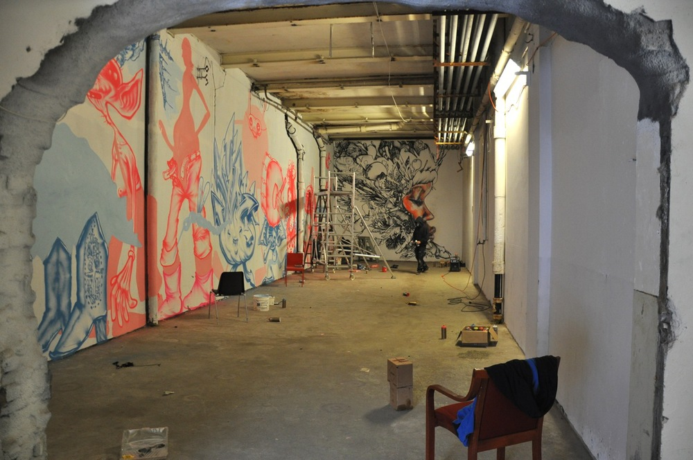 260-2011-david-choe-dvs1-street-art-nuart-festival-09.jpg