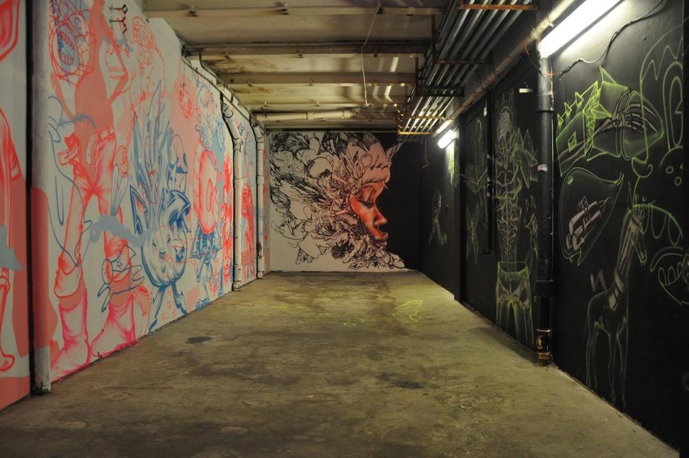 260-2011-david-choe-dvs1-street-art-nuart-festival-11.jpg