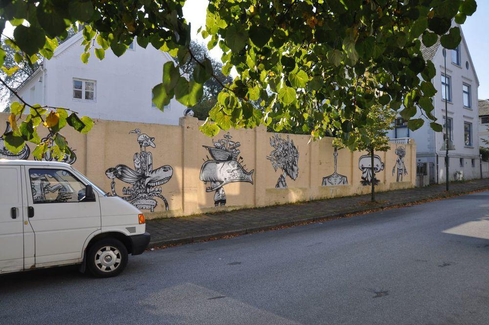 260-2011-david-choe-dvs1-street-art-nuart-festival-13.jpg