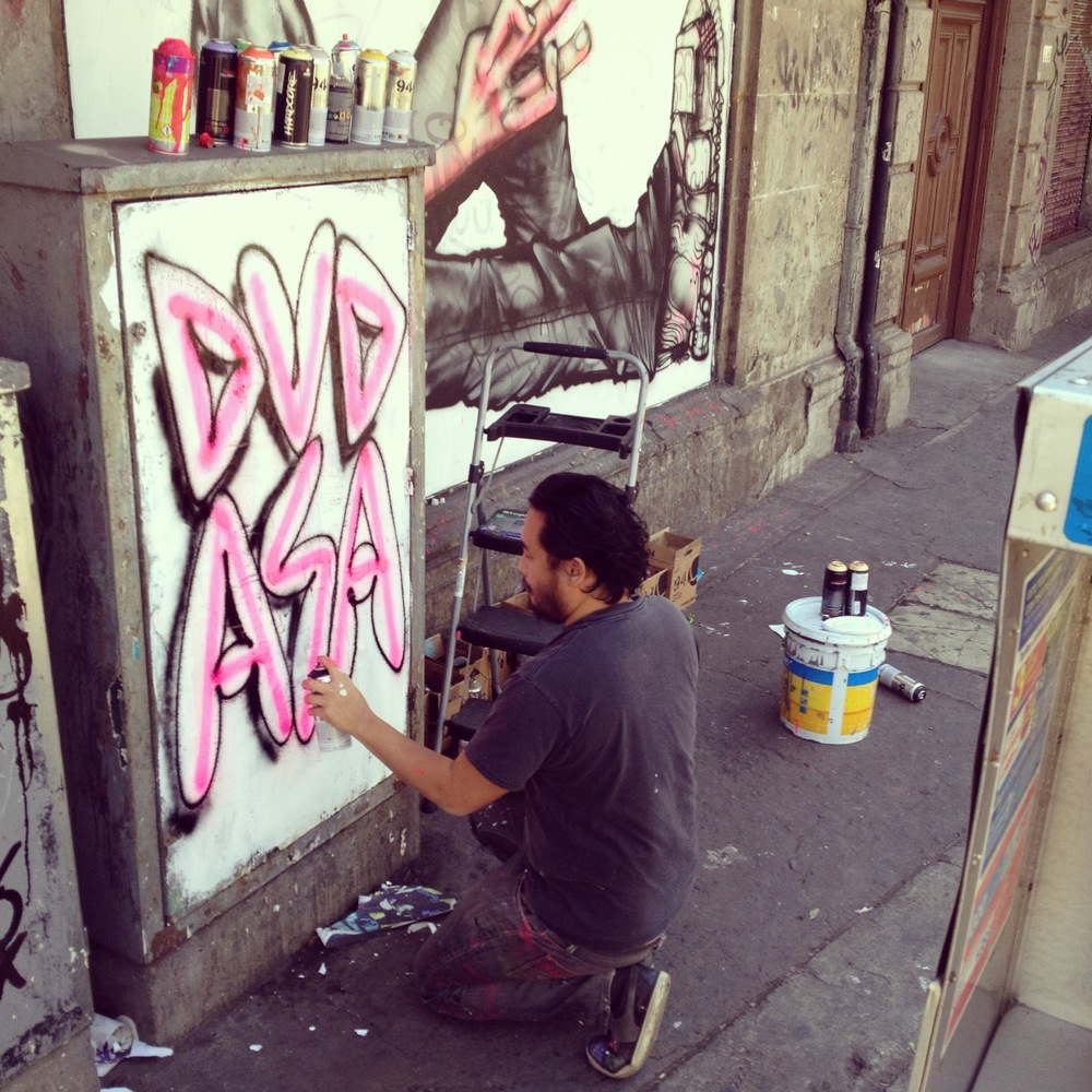 David-Choe-in-Mexico-City-01