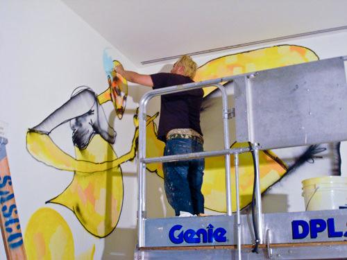 David-Choe-Biennale-behind-Scenes-02