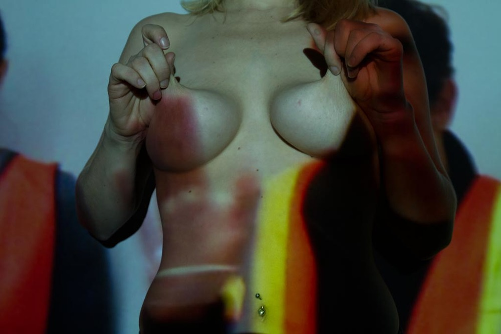 David-Choe-Rpics-on-Tits-14