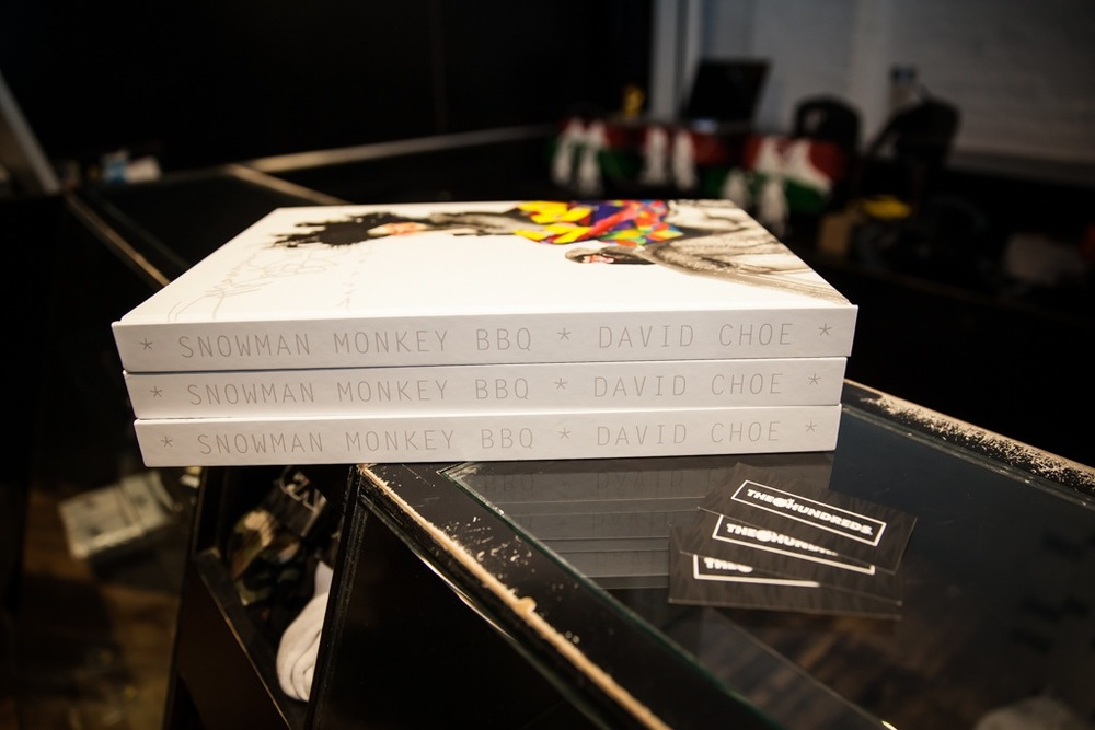 David-Choe-signing-Snowman-Monkey-BBQ-Hundreds-15