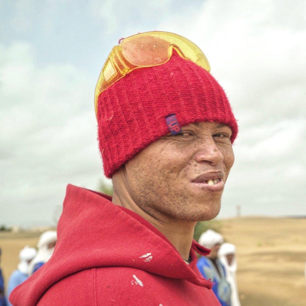 david-choe-sahara-desert-merzouga-morocco-igloo-hong-el-mac-james-jean-esao-andrews-mars-one-andrew-hem-public-art-igloo-hongIMG_3232.jpg