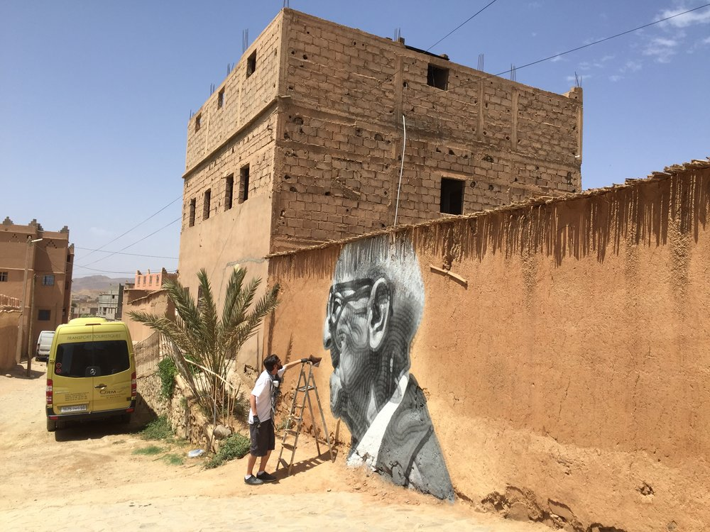 El Mac paints a portrait of local leader in Morocco