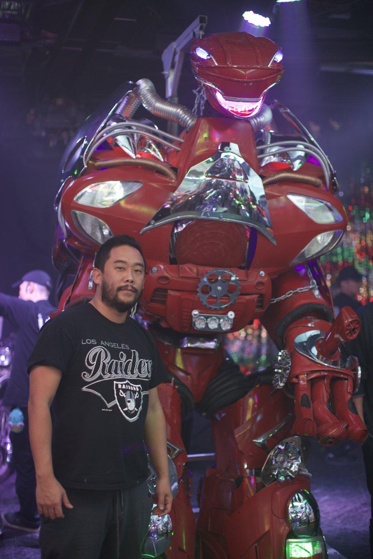 David Choe with large robot, Tokyo, Japan