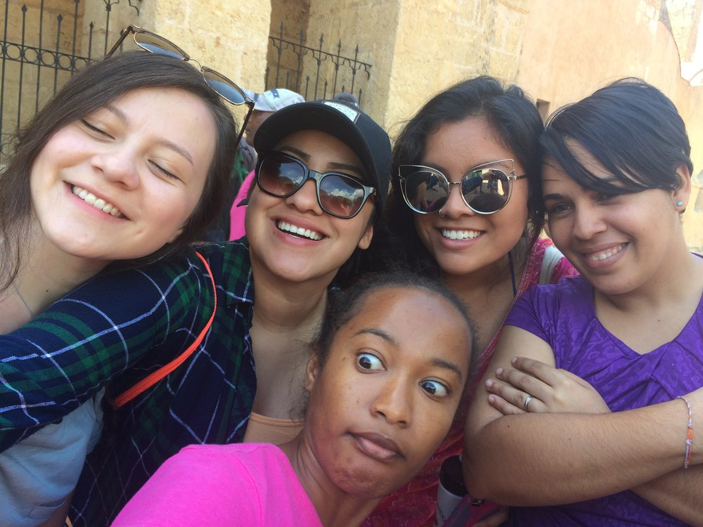 Jenny, Roxy, Angela, and our translator/amigas Bianca and Versi