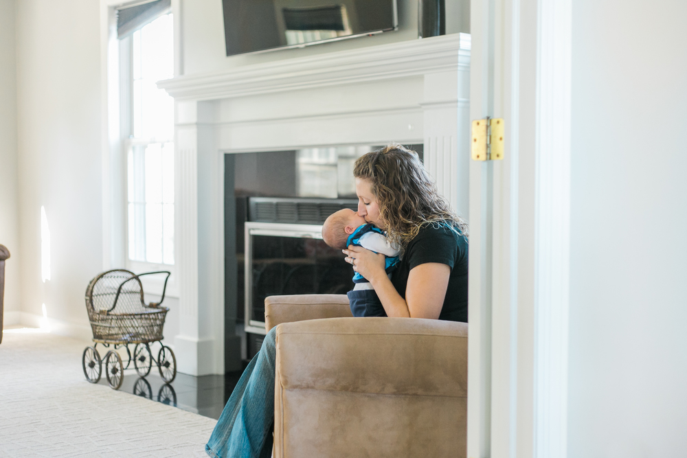 vanessa wyler newborn lifestyle photography wisconsin
