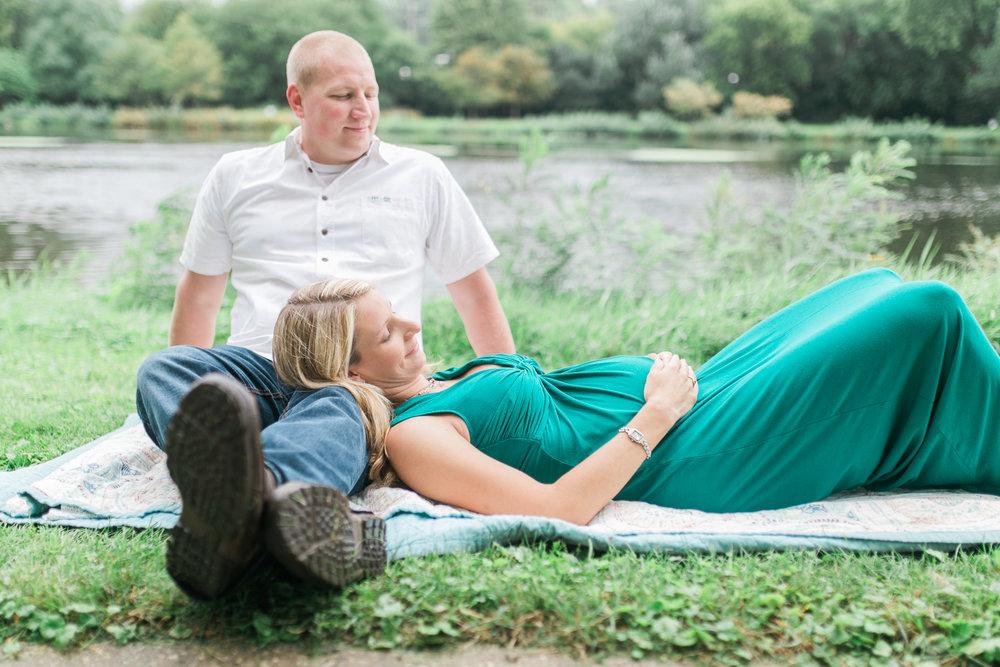vanessa wyler pewaukee waukesha maternity photography film