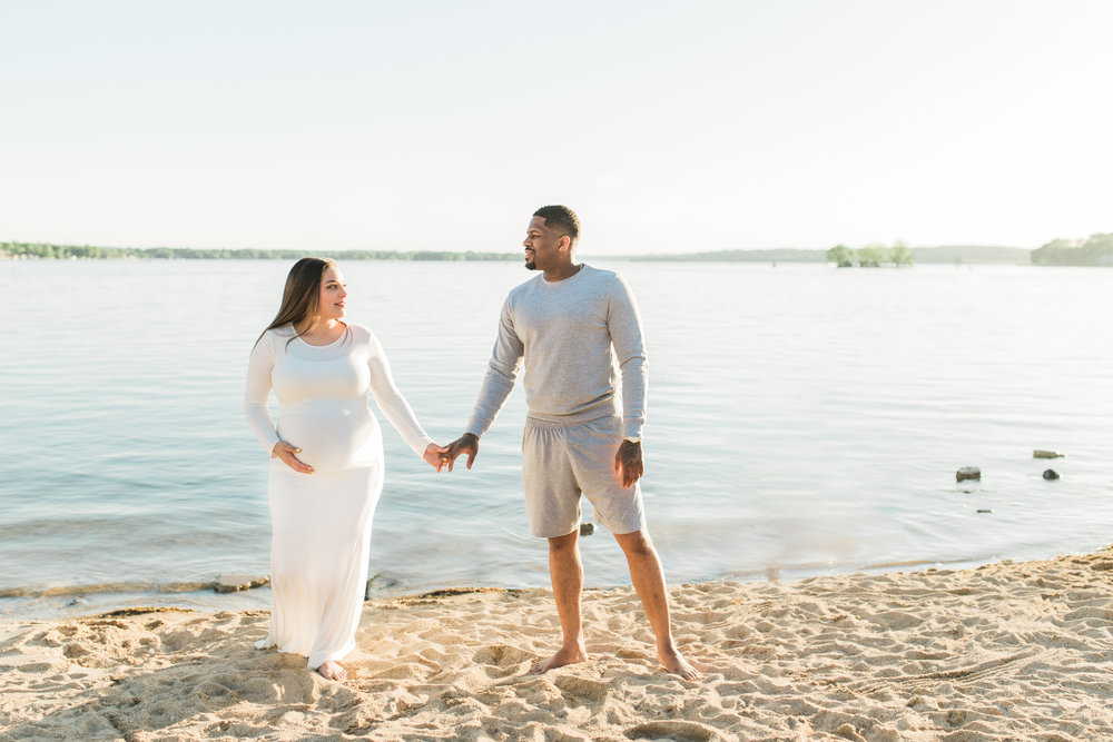 vanessa wyler photographer maternity beach pewaukee