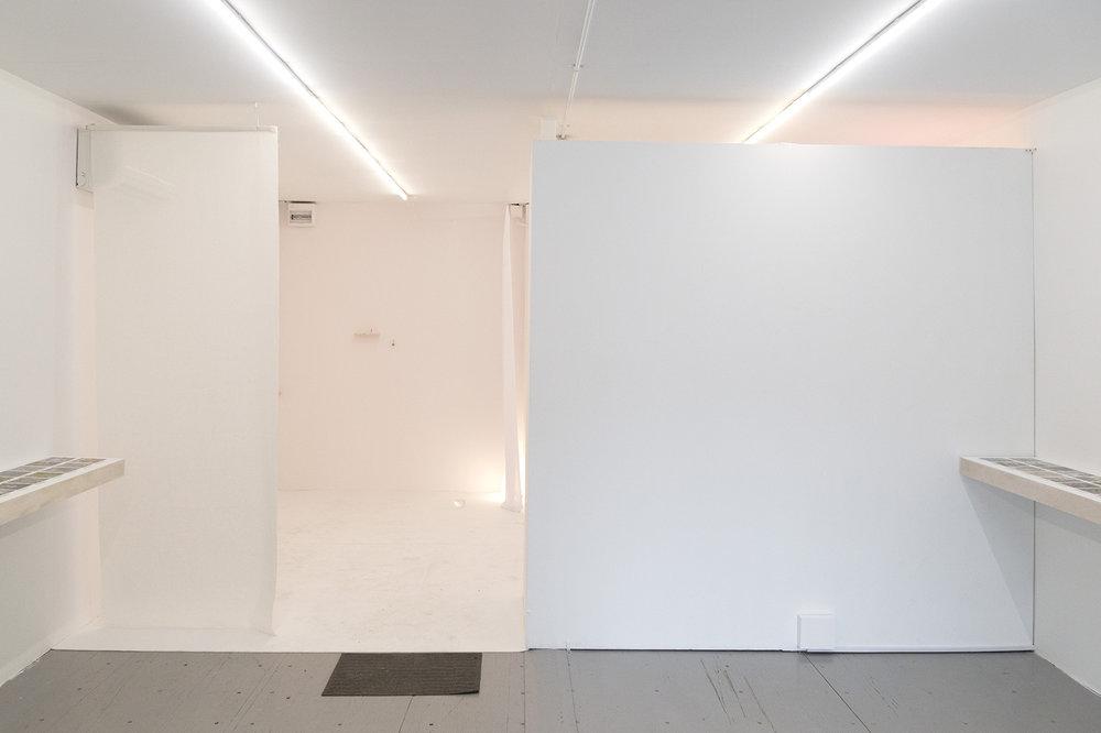 installation_entrance.jpg
