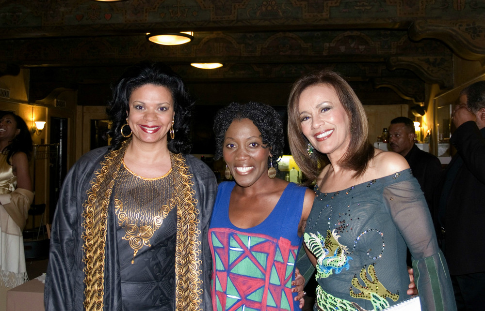 FROM LEFT: MODEL/ACTRESS YVONNE FARROW, WRITER/ACTRESS AKUYOE GRAHAM AND AWARD-WINNING SINGER MARILYN MCCOO.