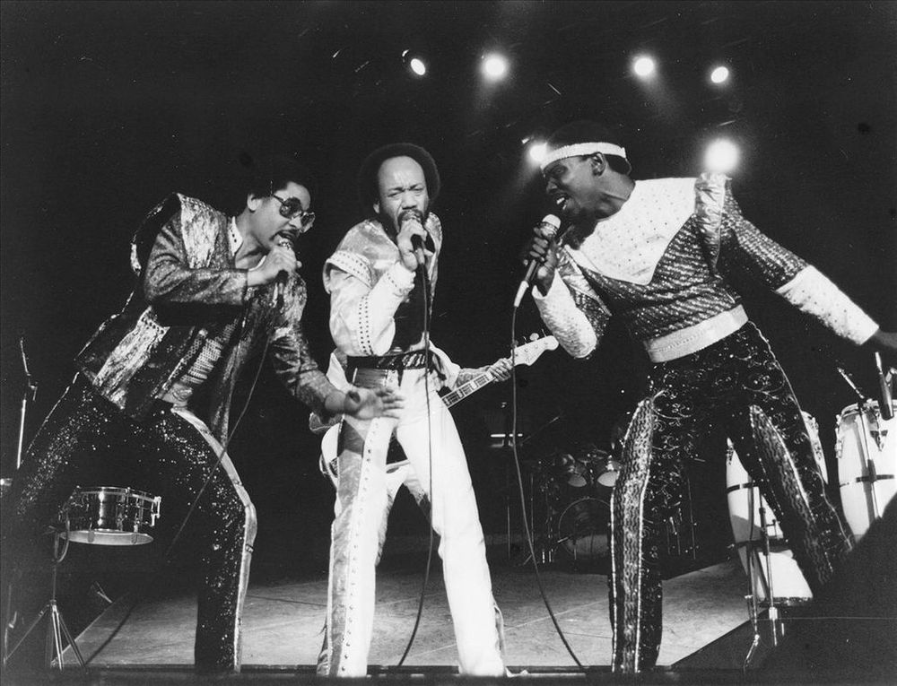 Earth, Wind, & Fire member Maurice White (center)
