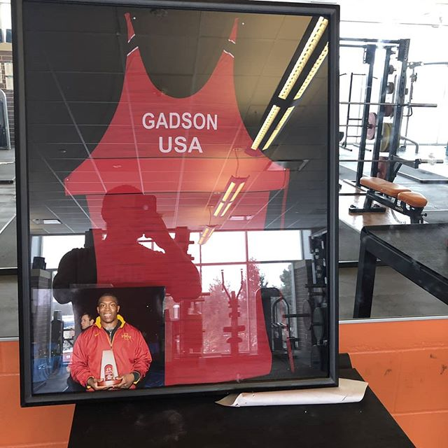 Got a nice frame going up in my high school weight room! Spent a lot of time in that place molding and creating myself! Super grateful!