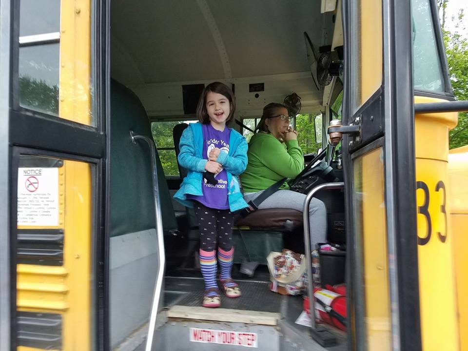 Sabrina on the 4's School Bus Field Trip!