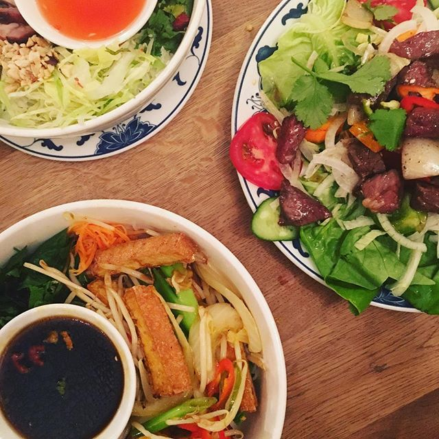 Cocktails and then Vietnamese at our local, an excellent summer evening in London with @eddowling and @traceylou28 #eastlondon #bunbunbun #vietnam #noodles #cocktails #saturdaynight #london #summer #travel #dining #foodie #londonfoodie #fresh
