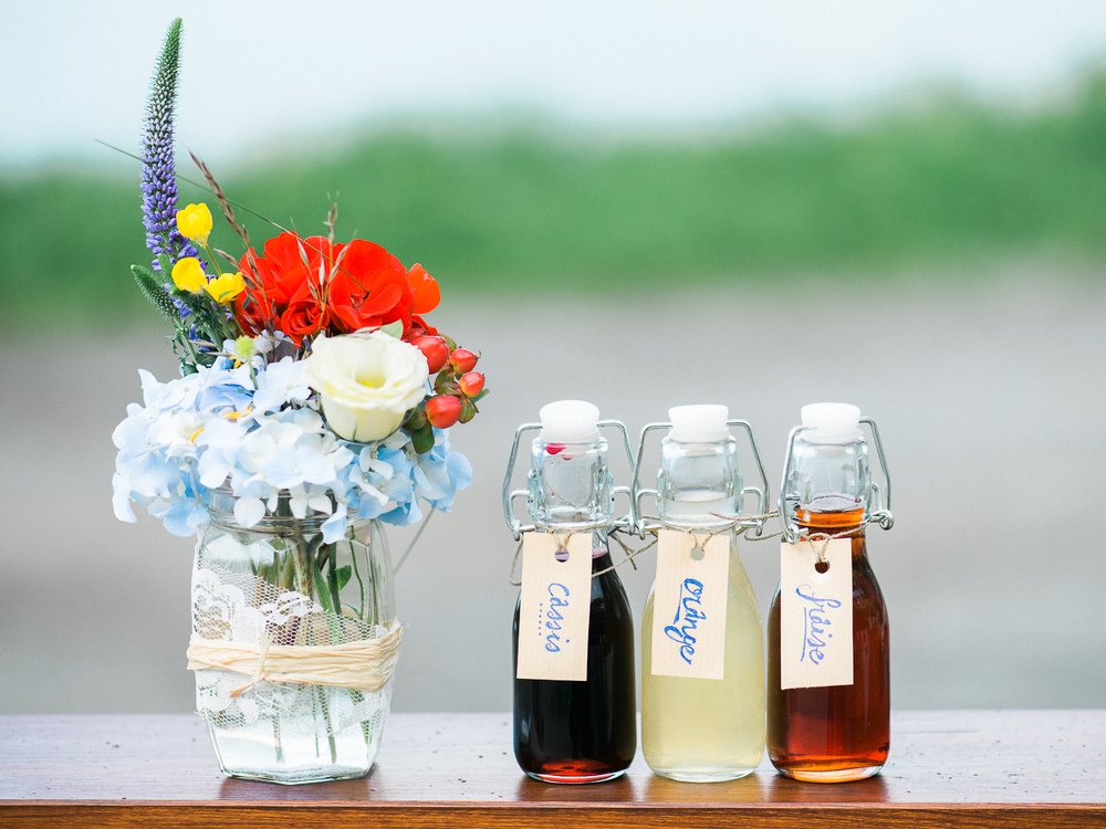 Cute wedding favors variety of syrups