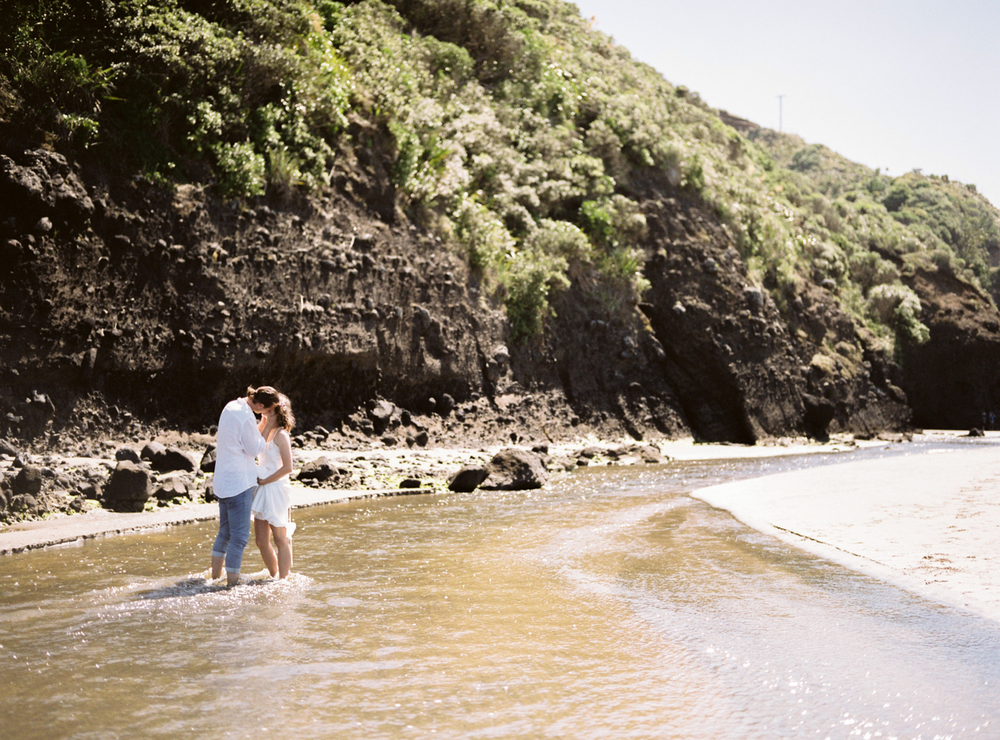 new-zealand-black-sand-beach-engagement-session-Celine-Chhuon-Photography72.jpg