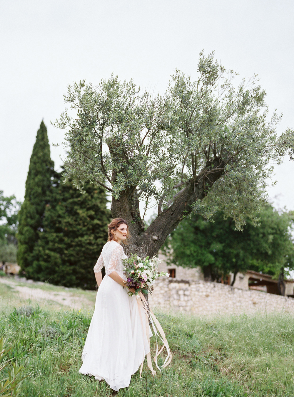 celine_chhuon_photography_provence_wedding_domaine_grillons-1.jpg