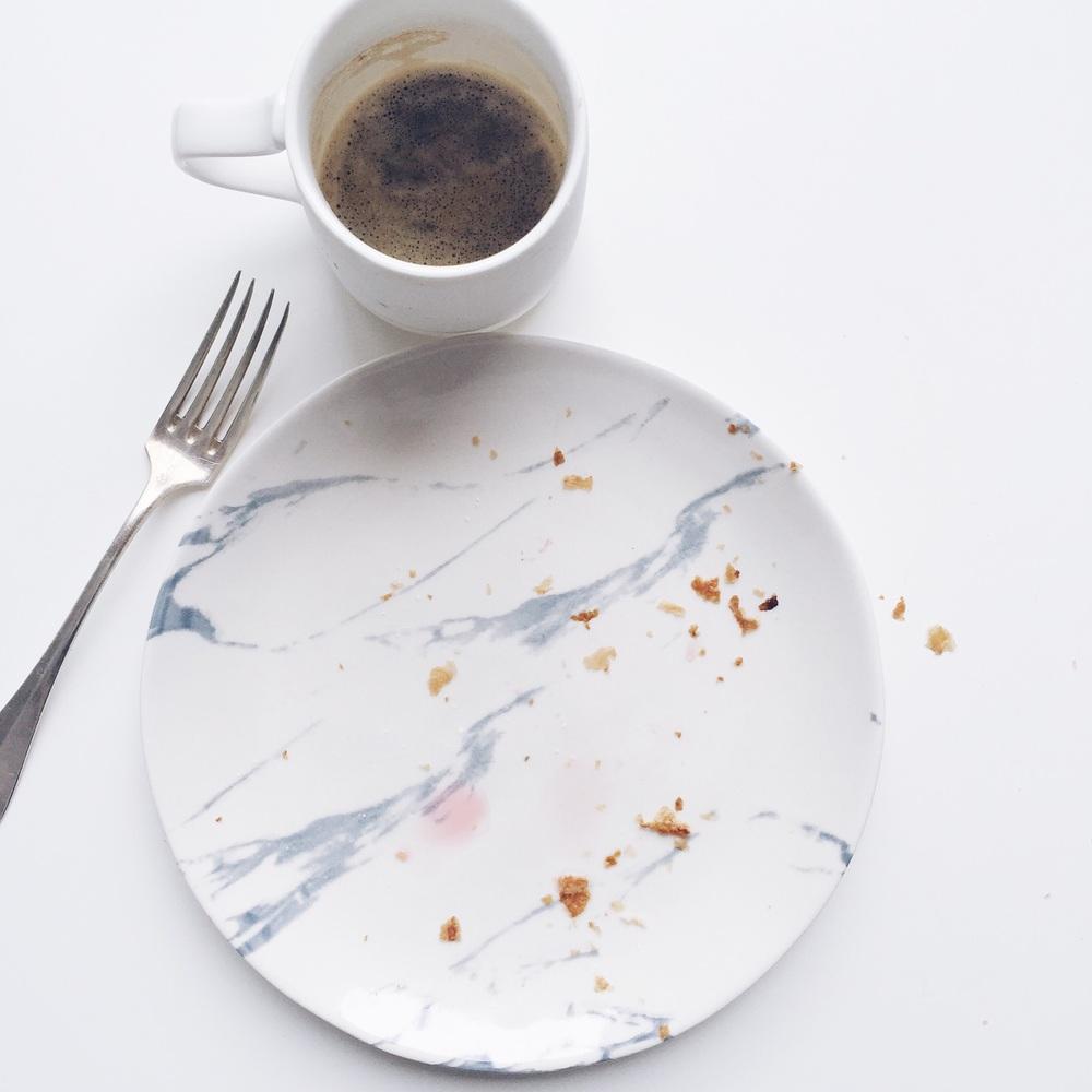 assiette marbre monoprix