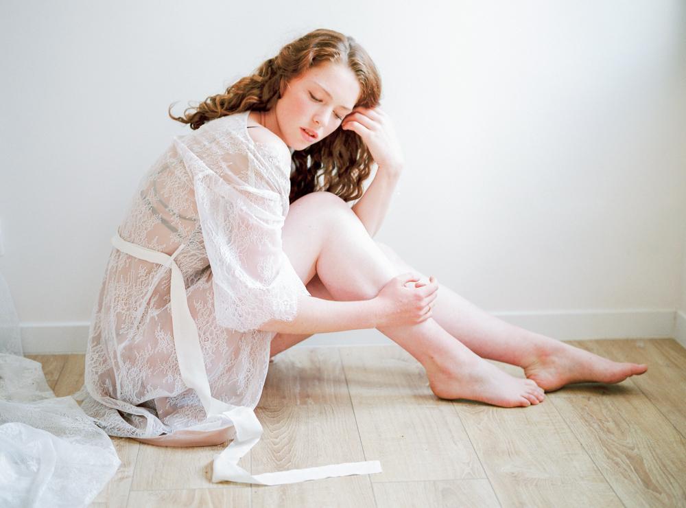 celine-chhuon-photography-boudoir-lace-atelier-wedding-lingerie (39).jpg
