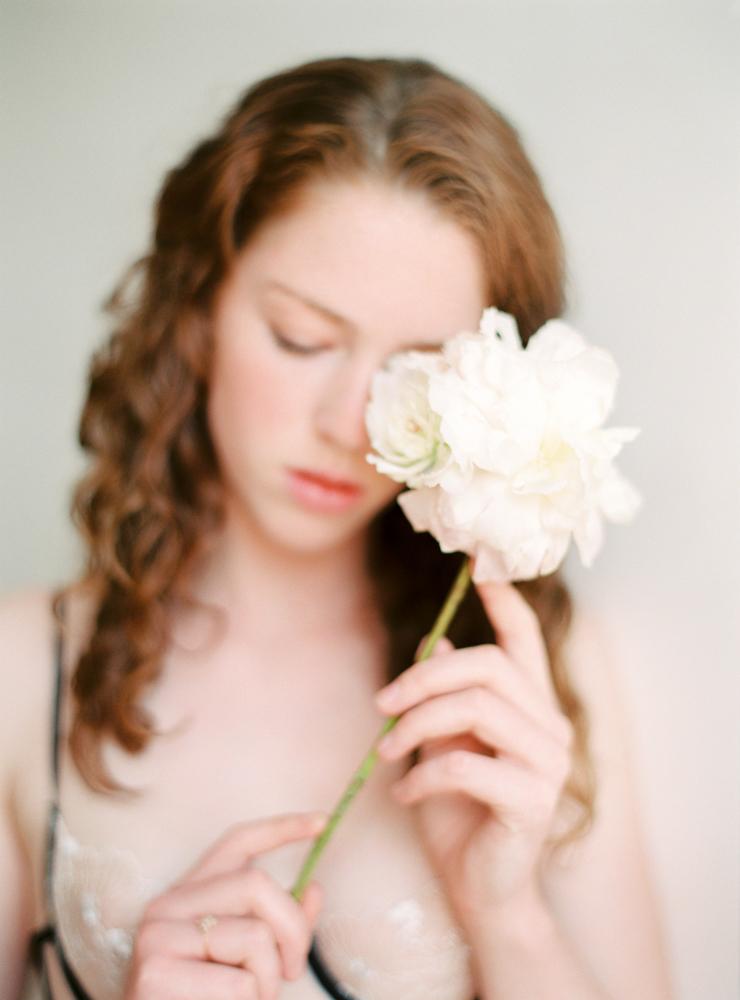 celine-chhuon-photography-boudoir-lace-atelier-wedding-lingerie (12).jpg
