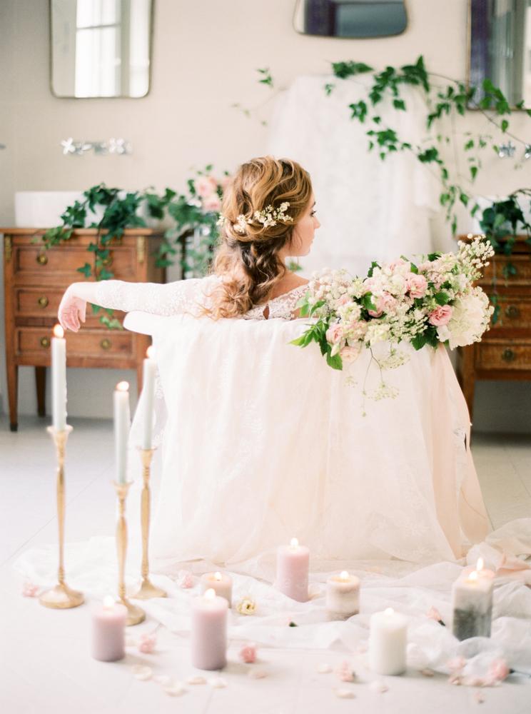 delicate-romantic-boudoir-session-celine-chhuon-violette-tannenbaum (19).jpg